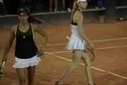 Maria Lourdes Carlé (ARG) y Ania Hertel (POL)